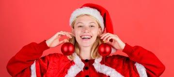 Julförberedelsebegrepp Favorit- tidårsjul Lets att dekorera julträdet Tyck om beröm med royaltyfri bild