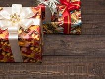 Julgåvor ar redan köpta och ar packade Royaltyfria Foton