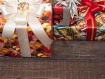 Julgåvor ar redan köpta och ar packade Royaltyfria Bilder