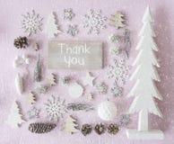 Julgarnering, den lekmanna- lägenheten, text tackar dig, snöflingor Royaltyfria Bilder