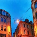 Julgarnering i gammal stad av Riga Royaltyfri Foto