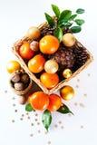 Julgarnering med tangerin Royaltyfri Bild