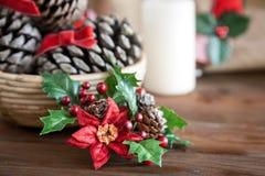 Julgarnering på trä och tygsäcken Royaltyfri Bild
