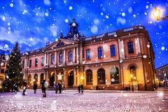 Julgarnering stora områden av Stockholm, i mitten av arkivfoton