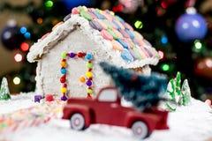 Julgran för pepparkakahuset Royaltyfria Bilder