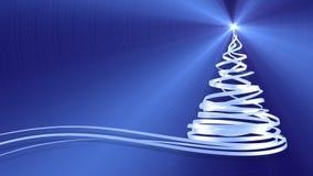 Julgran från vita band över blåttmetallbakgrund stock video
