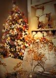 Julgran hemma Arkivbilder
