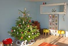 Julgran i den europeiska stilen Arkivbilder
