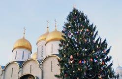 Julgran i MoskvaKreml Royaltyfri Bild