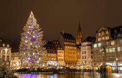 Julgran i Strasbourg royaltyfria foton