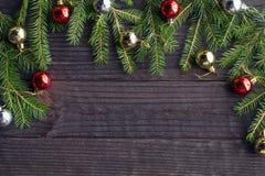 Julgran med baubles Royaltyfri Bild