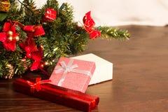Julgran och kort för nytt år royaltyfri bild