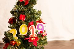Julgran och kort för nytt år royaltyfria bilder