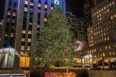Julgran på den Rockefeller cent Arkivfoton