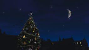 Julgran på gatan arkivbilder