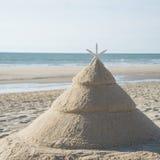Julgran på stranden royaltyfri foto