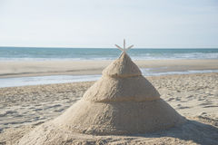 Julgran på stranden Arkivbilder