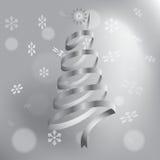 Julgran som göras av silverband Arkivbild