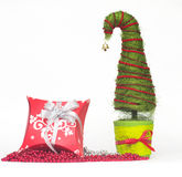 Julgran som göras av sisal royaltyfri bild