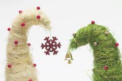 Julgranar som göras av sisal royaltyfria bilder