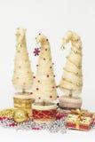 Julgranar som göras av sisal arkivfoto
