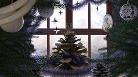 Julgranen med sörjer kotten, fönstret och klockan Arkivfoto