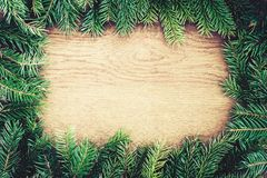 Julgrantree på ett träbräde Royaltyfria Foton