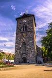28. Juli 2015: Alte Steinkirche in Trondheim, Norwegen Lizenzfreie Stockfotos