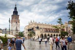 10 Juli 2017, Krakow, Polen - gammalt centrum, Krakow marknad Squa Royaltyfri Bild
