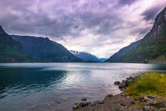 21. Juli 2015: Panorama von einem Fjord in der norwegischen Landschaft, Lizenzfreies Stockfoto