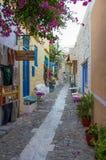 25 Juli 2016 - Straat in Ermoupolis, Syros-eiland, Cycladen, Griekenland Royalty-vrije Stock Afbeeldingen