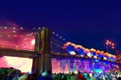 Juli 4th Brooklyn för 2014 fyrverkerier bro Manhattan Royaltyfria Foton