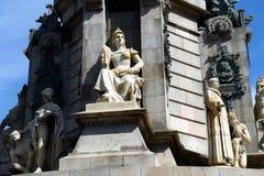 JULI: Touristen, die herein nahe Columbus-Monument am 19 Juli 2012 in Barcelona, Spanien gehen Lizenzfreie Stockbilder