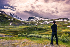 18 juli, 2015: Voorgevel van Heddal Stave Church in Telemark, Noorwegen Royalty-vrije Stock Afbeeldingen