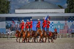 25. Juli 2015 Zeremonielle Darstellung der der Kreml-Reitschule auf VDNH in Moskau Stockbild