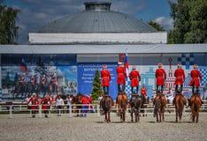 25. Juli 2015 Zeremonielle Darstellung der der Kreml-Reitschule auf VDNH in Moskau Stockbilder