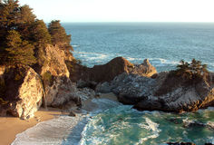 Julia Pfeiffer Burns State Park in Grote Sur Royalty-vrije Stock Foto