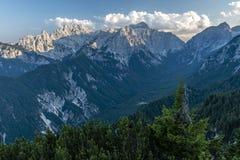 Julian Alps en el verano 2018 foto de archivo