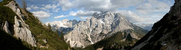 Julian Alps - Pristojnik stockfoto
