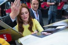 Julianne Moore à la promenade de Hollywood de la cérémonie de renommée Photo libre de droits