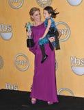 Julie Bowen, Aubrey Anderson-Emmons lizenzfreie stockfotografie