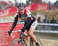 Julie Kransniak - pro coureur de Cyclocross de femme Image stock