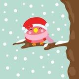 Julillustration med gulliga fågelleenden på snöfallbakgrund som är passande för säsong, tapet och vykort för Xmas-ungehälsning Royaltyfria Bilder