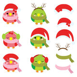 Julillustration med gulliga fåglar och jultomtenhatten som är passande för uppsättning för barnXmas-klistermärke och gemkonst Arkivbild