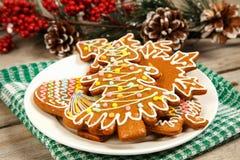 Julkakor på en plätera Arkivfoton