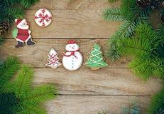 Julkakor på en träbakgrund Royaltyfria Foton