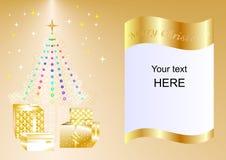 Julkort som dekoreras med Xmas-trädet, bollar och gåvaaskar guld- ing1a Royaltyfri Fotografi