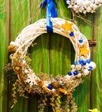 Julkrans, på väggen Royaltyfri Foto