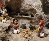 Julkrubba med Jesus, Joseph och Mary i en krubba 1 Arkivbild