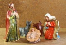 Julkrubban med behandla som ett barn den jesus modern Mary och joseph Royaltyfri Fotografi